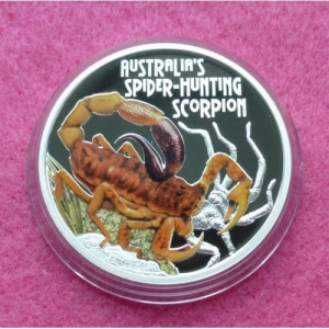 2015 TUVALU  SPIDER HUNTING SCORPION ONE DOLLAR SILVER PROOF COIN (2)