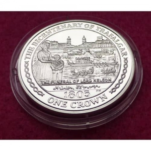 2005  ISLE OF MAN FUNERAL OF NELSON  1 CROWN SILVER PROOF COIN (4)