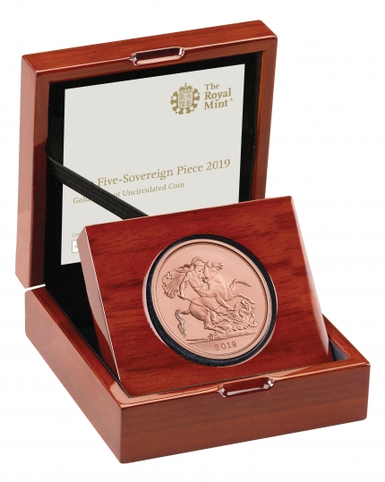 The Five-Sovereign Piece 2019 Brilliant Uncirculated in Case right - A19....
