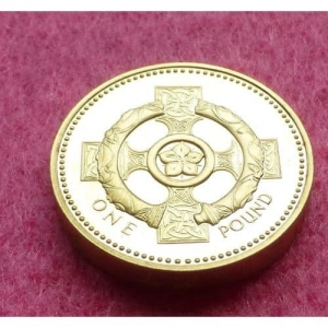 2001-ROYAL-MINT-IRISH-CELTIC-CROSS-1-ONE-POUND-PROOF-COIN-330867801990