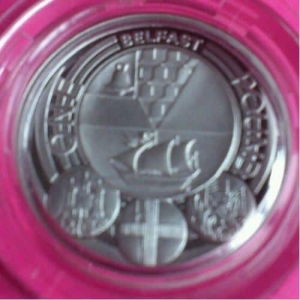 2010-ROYAL-MINT-SILVER-CAPITAL-CITIES-BELFAST-1-ONE-POUND-PROOF-COIN-330886452793