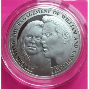 2010-ROYAL-MINT-SILVER-ROYAL-ENGAGEMENT-5-FIVE-POUND-PROOF-COIN-BOX-COA-330886542613