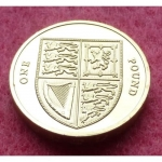 2011-ROYAL-MINT-ROYAL-SHIELD-1-ONE-POUND-BRILLIANT-UNCIRCULATED-COIN-330928408776