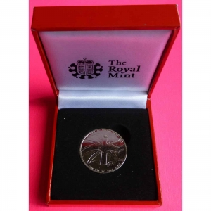 2012-ROYAL-MINT-QUEENS-DIAMOND-JUBILEE-MEDAL-BOXED-231010173029