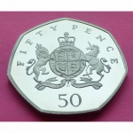 2013-ROYAL-MINT-CHRISTOPHER-IRONSIDE-ROYAL-ARM-50P-FIFTY-PENCE-PROOF-COIN-331068179404